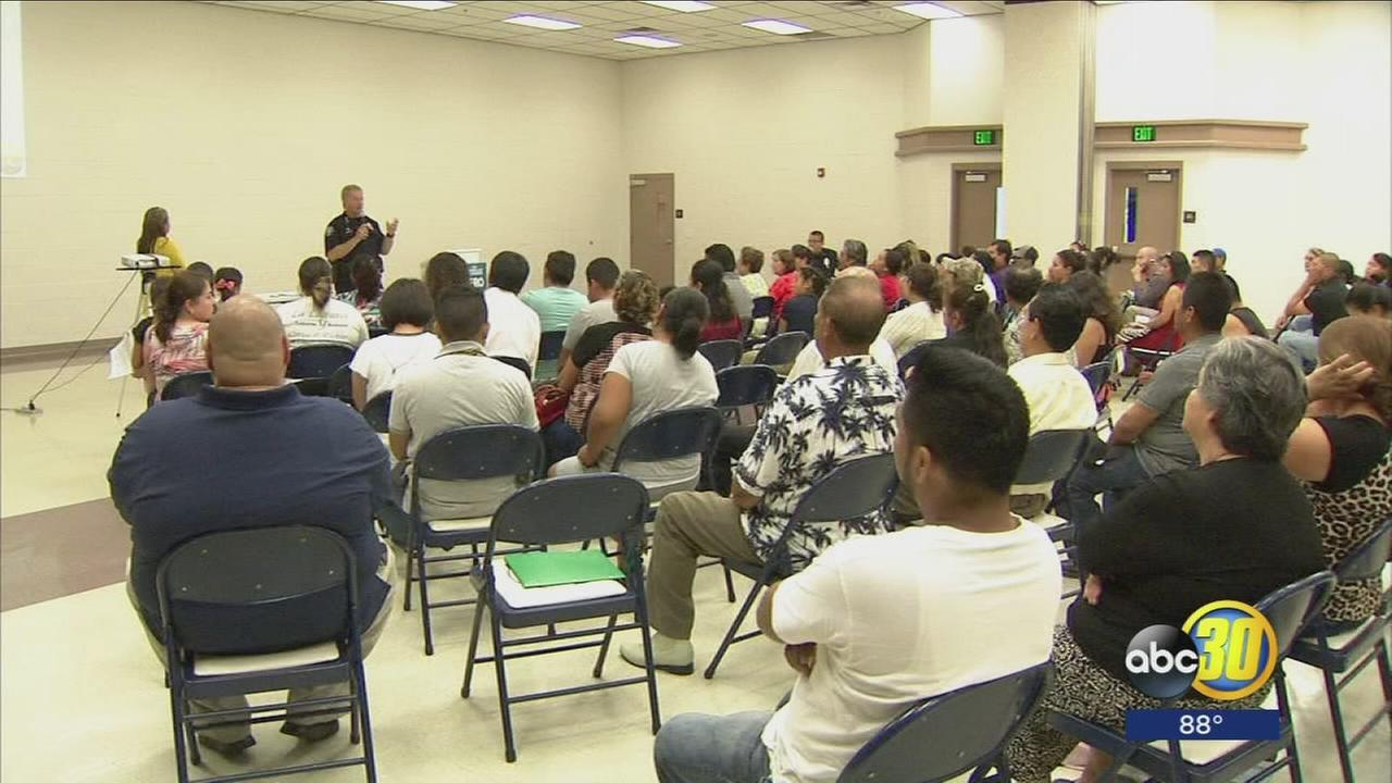 Selma Police Chief eases residents deportation fears at community meeting
