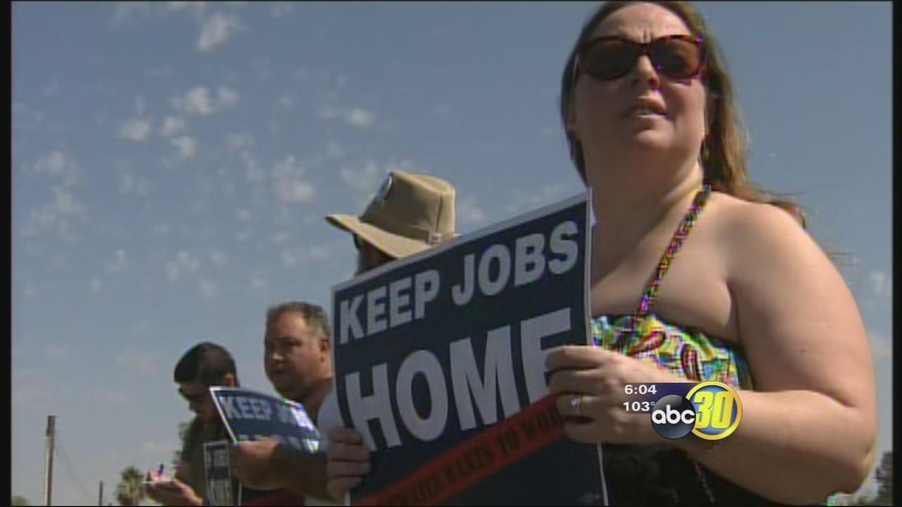 AT&T employees push to save jobs in Atwater area