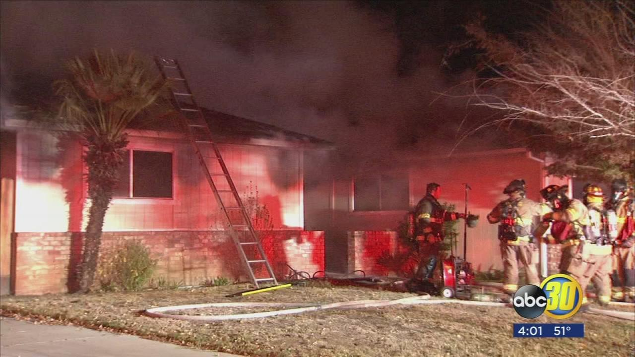 Two house fires erupt overnight in Northeast Fresno