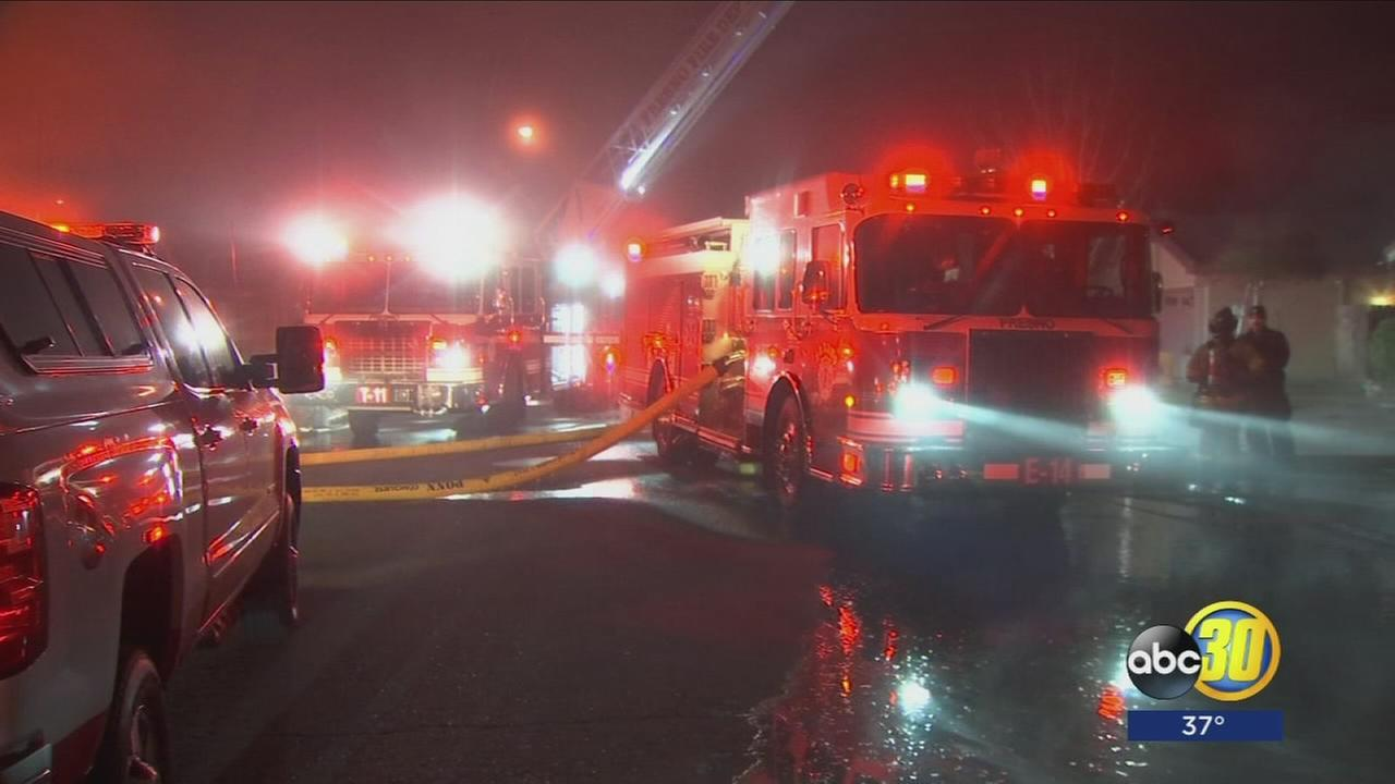 Overnight fires in NW Fresno could have been limited had victims called fire dept. sooner
