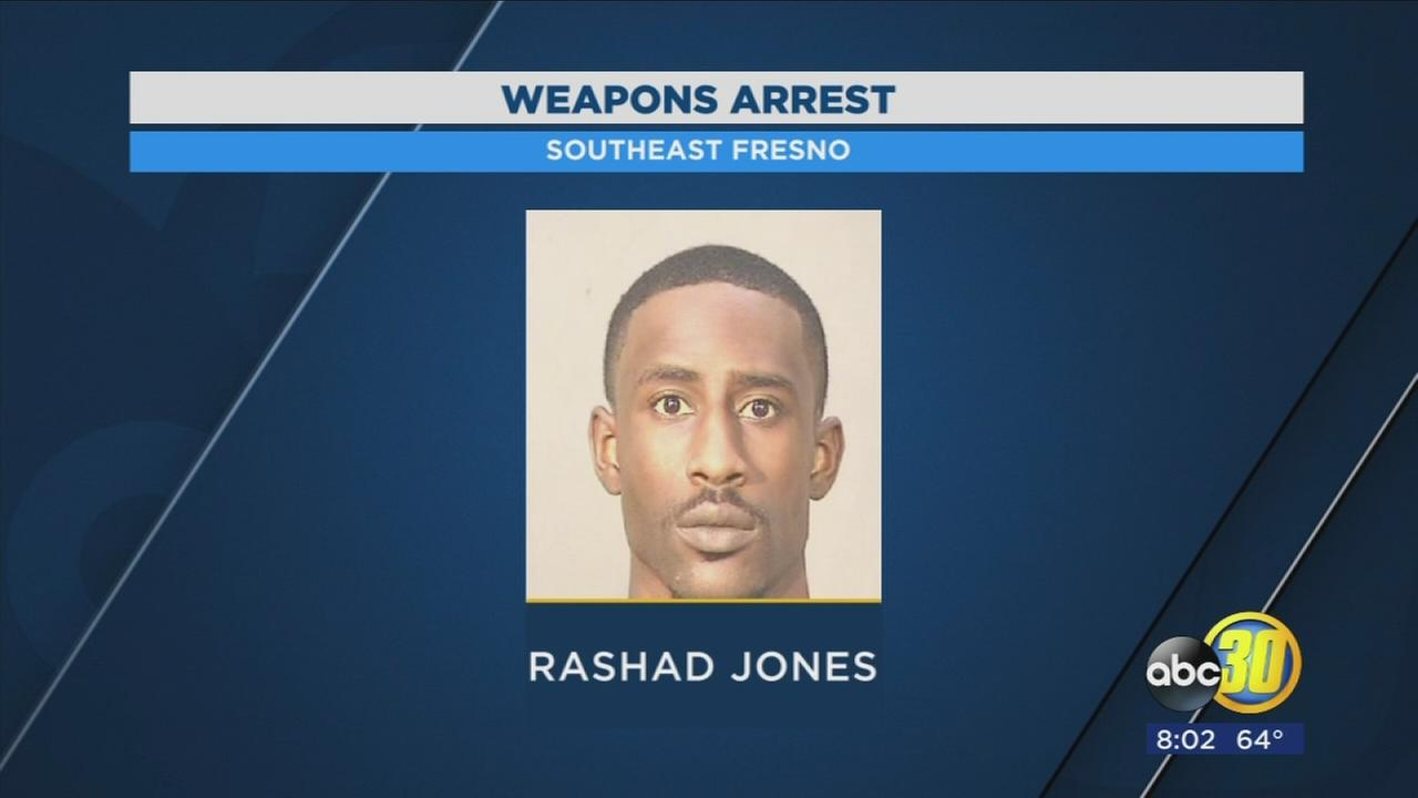 Convicted felon arrested during traffic stop after gun found