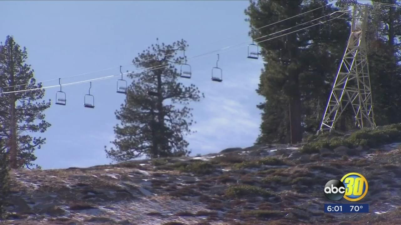 Warm temperatures cause major problems for ski resort