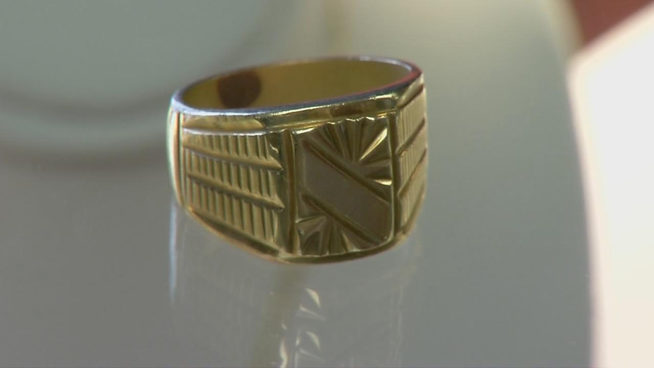 Valley pawnshops seeing more people scammed into buying brass rings