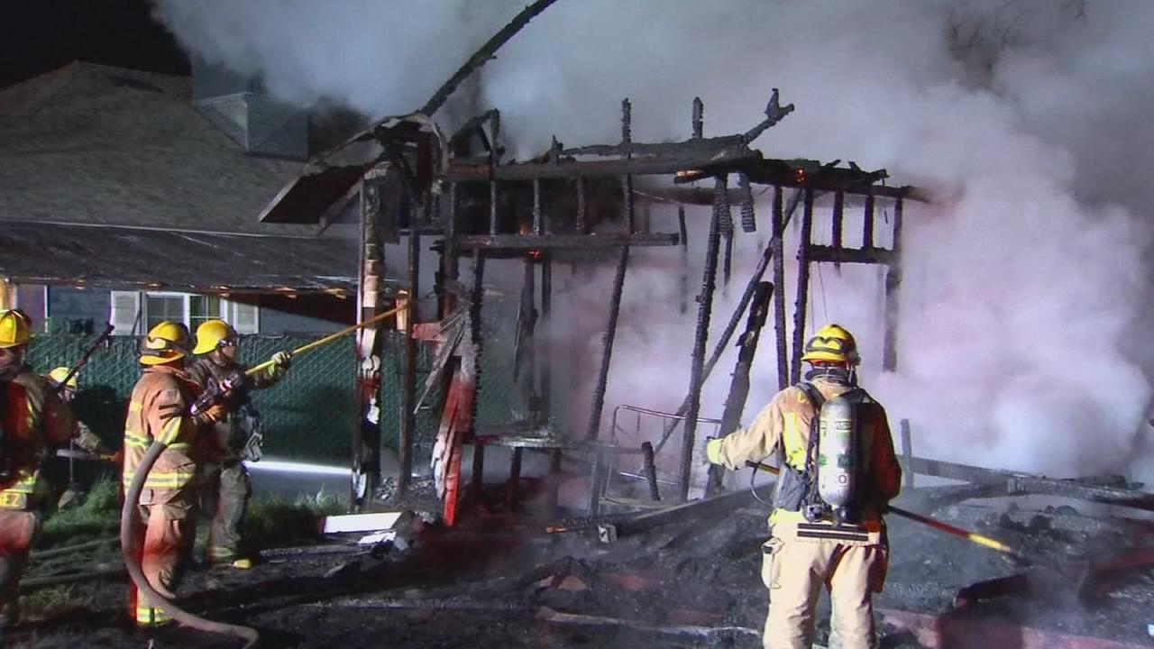 Vacant homes destroyed by fire in Parlier