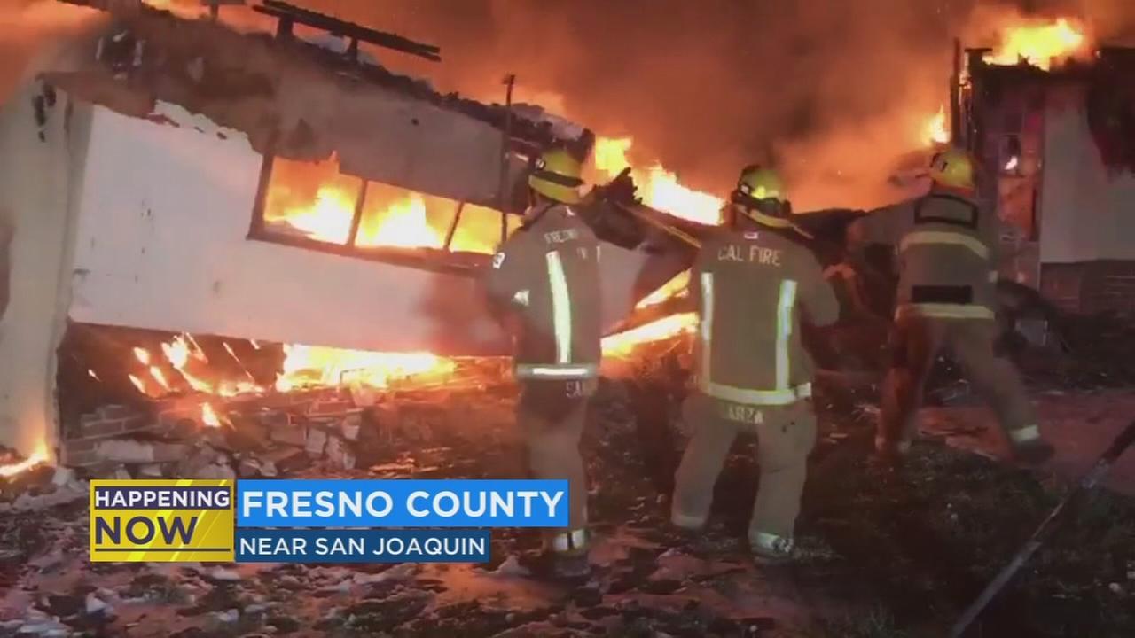 Cal Fire battle residential fire in San Joaquin
