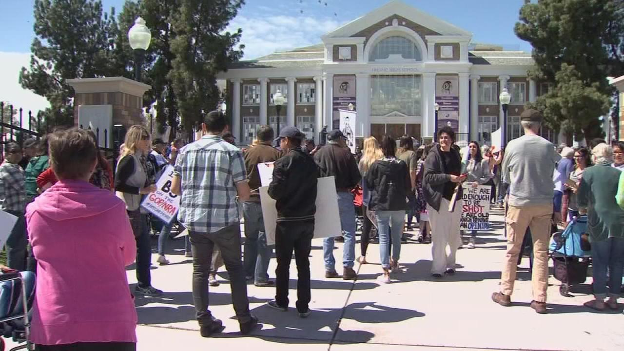March for Our Lives: Fresno community gathers to stand in solidarity