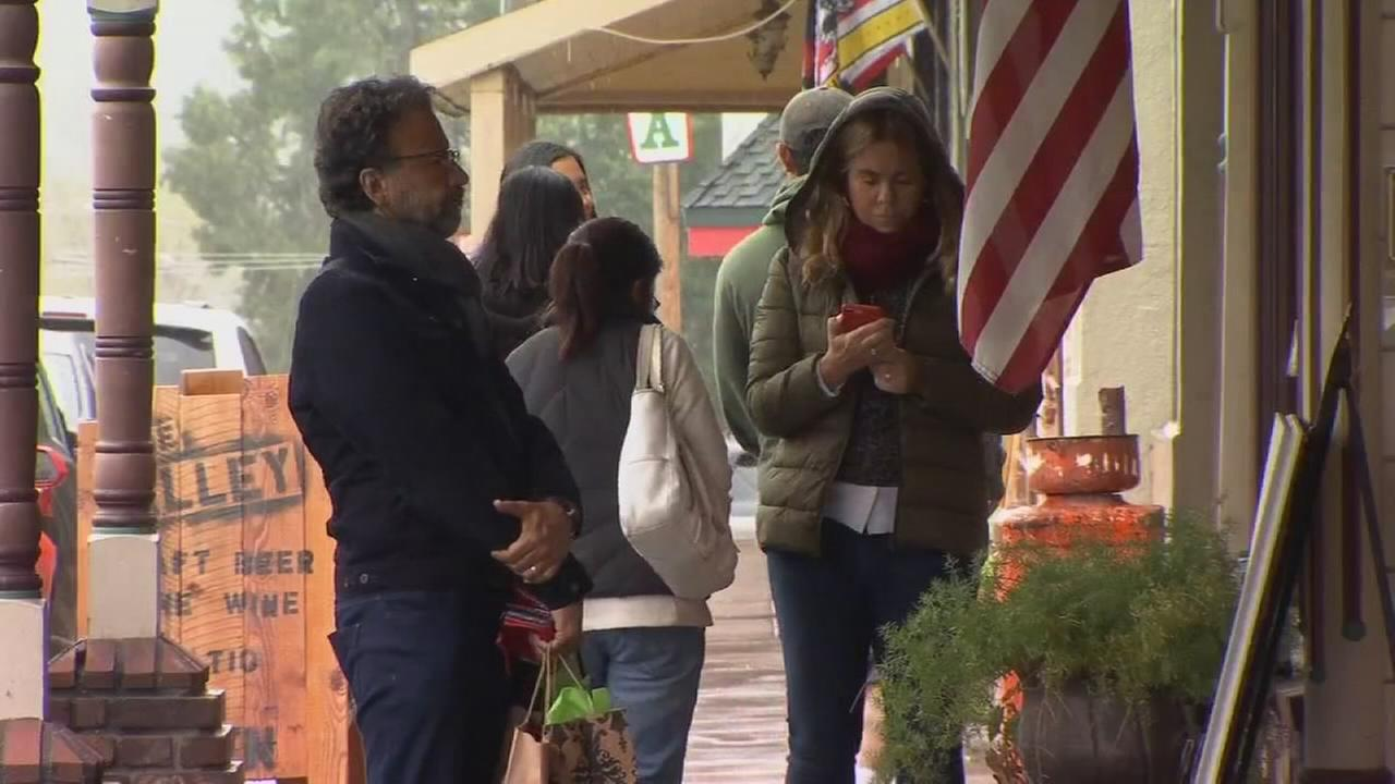 With Yosemite Valley closed, tourists move to Mariposa