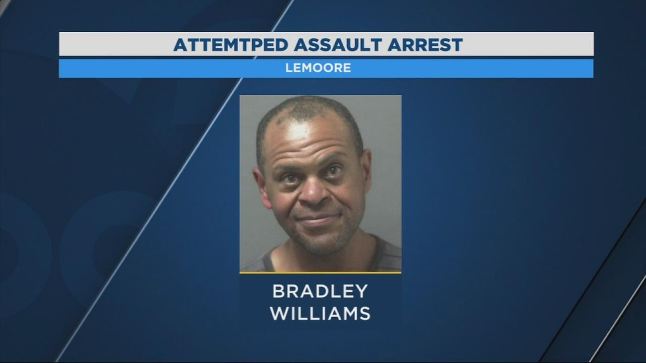 Man arrested for waving knives at officers in Lemoore