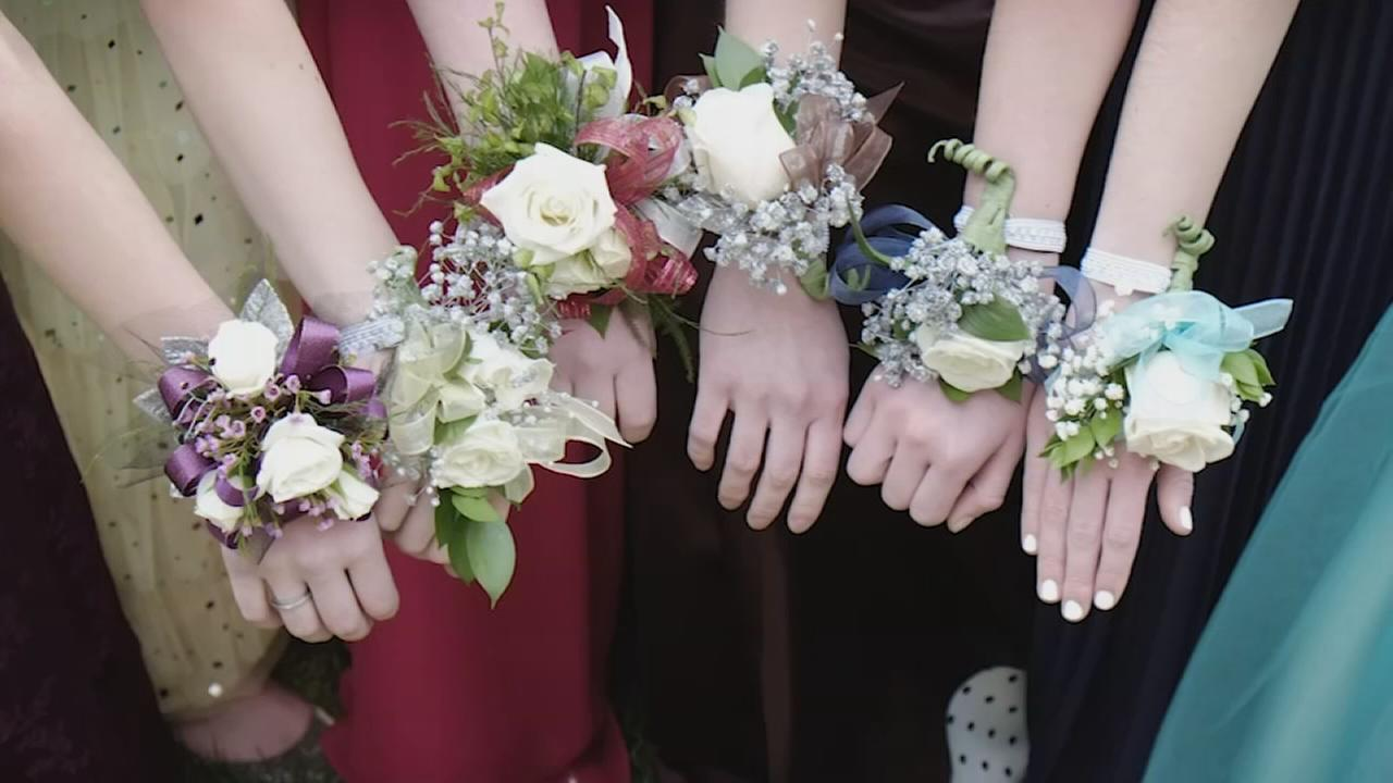 Prom bills stacking up? Here are a few tips to help keep the night under budget