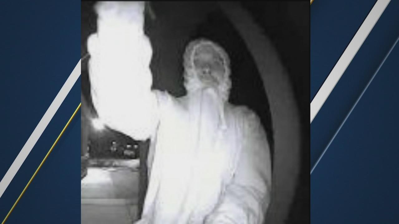 Clovis Police looking for suspect who has been steeling Ring doorbells