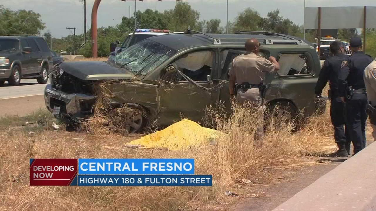 CHP investigating cause of deadly crash on Highway 180, closing lane for several hours