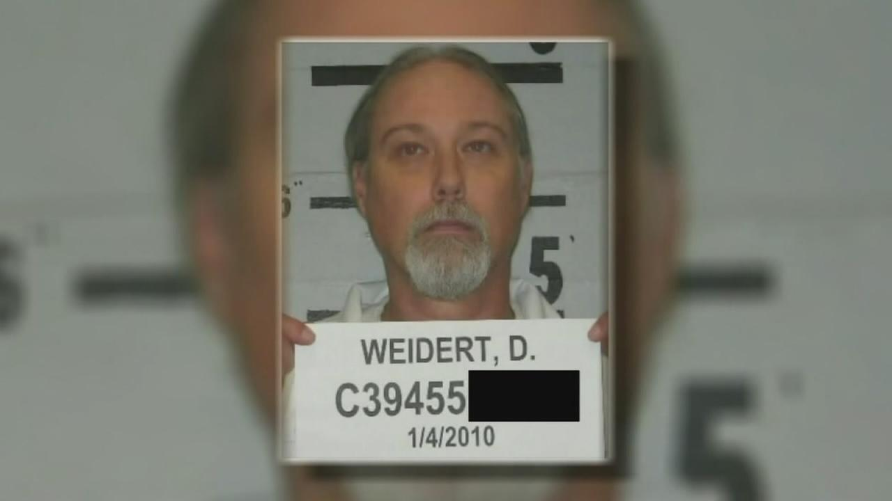 Law enforcement urge Governor to deny parole of murderer