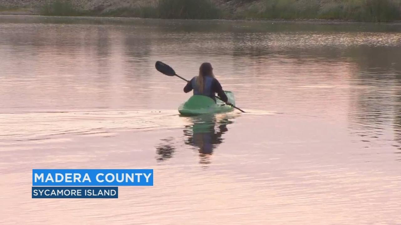 A fun way to beat the heat this summer kayaking and canoeing on the San Joaquin River