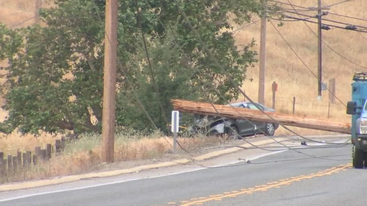 Auberry Road closed in Fresno County after crash takes down power pole