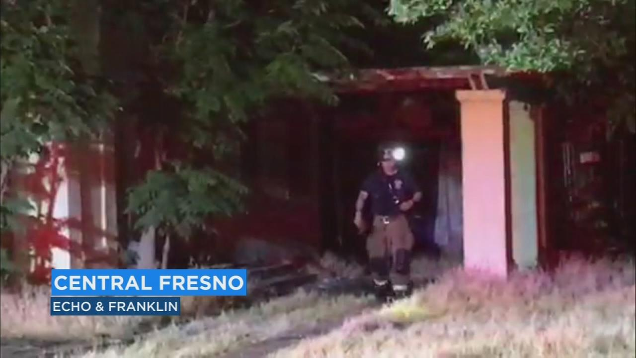 Fire crews put out vacant home fire in Central Fresno