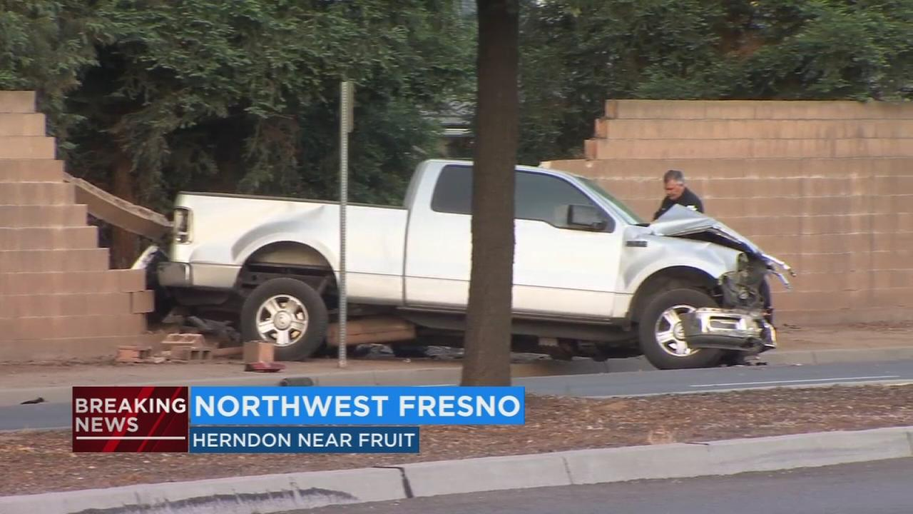 Deadly crash in Northwest Fresno