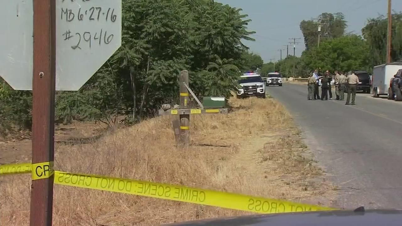 Man shot and killed in front of son near Tulare