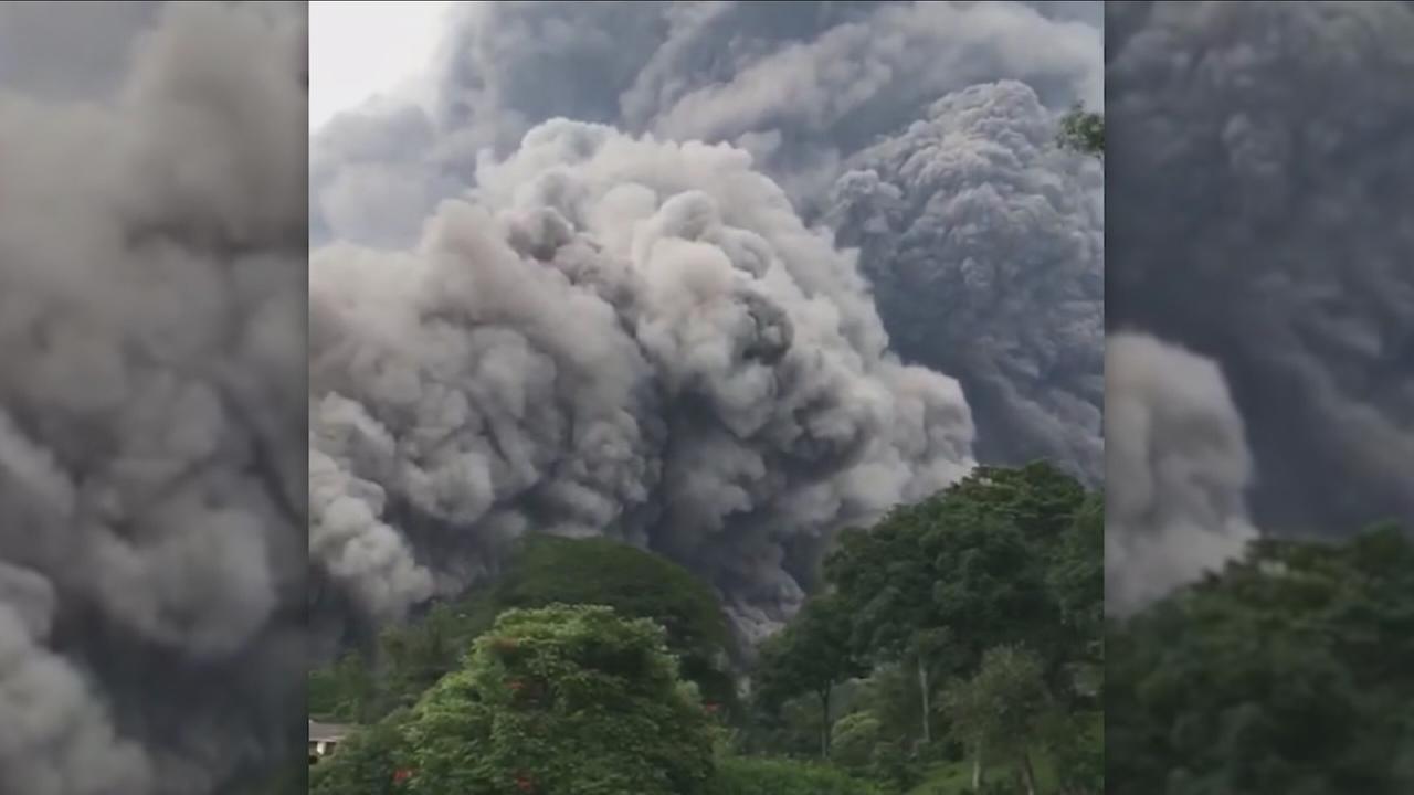 Death toll 25 in Guatemala volcano eruption