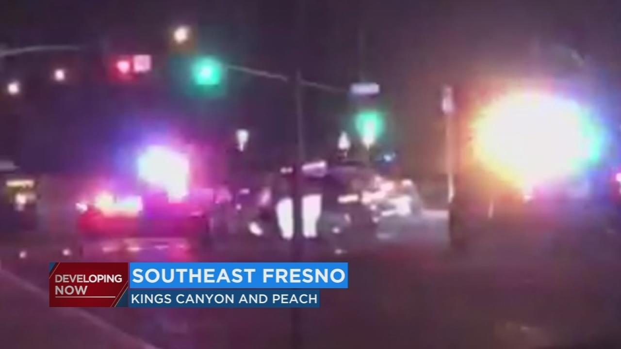 Fresno police officer suffers head injury in early morning crash
