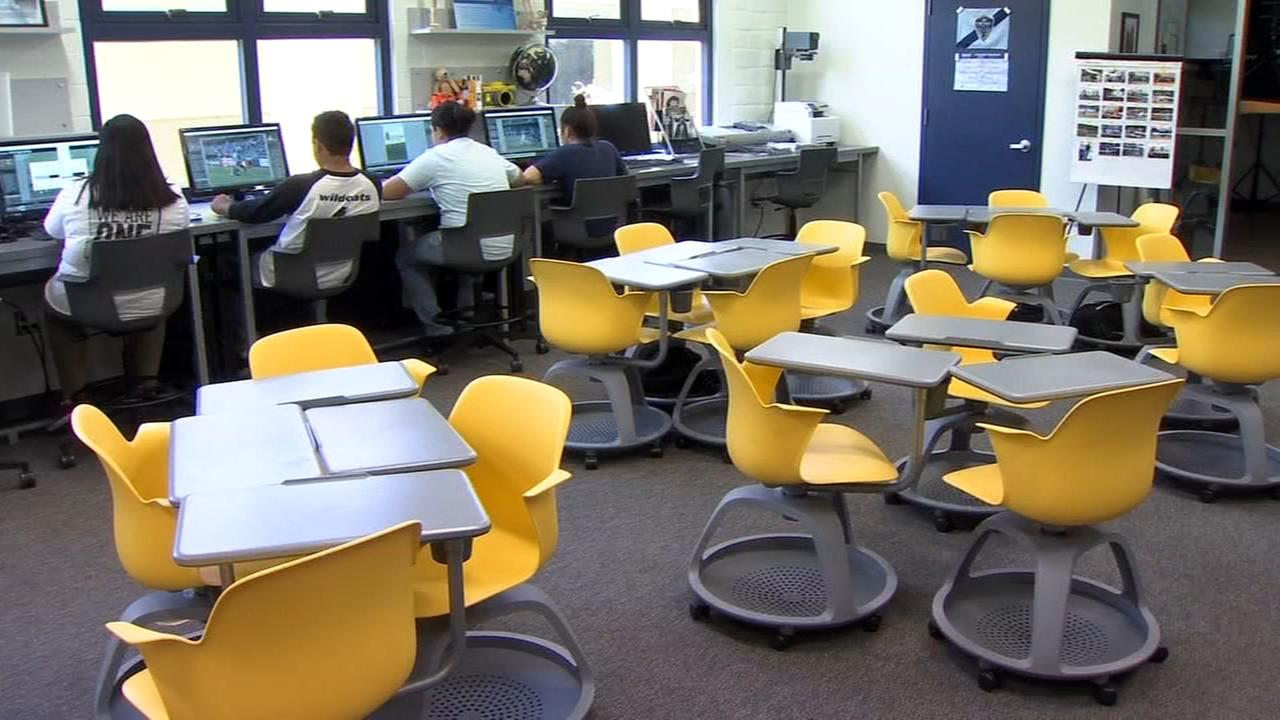 New desks help encourage students to learn