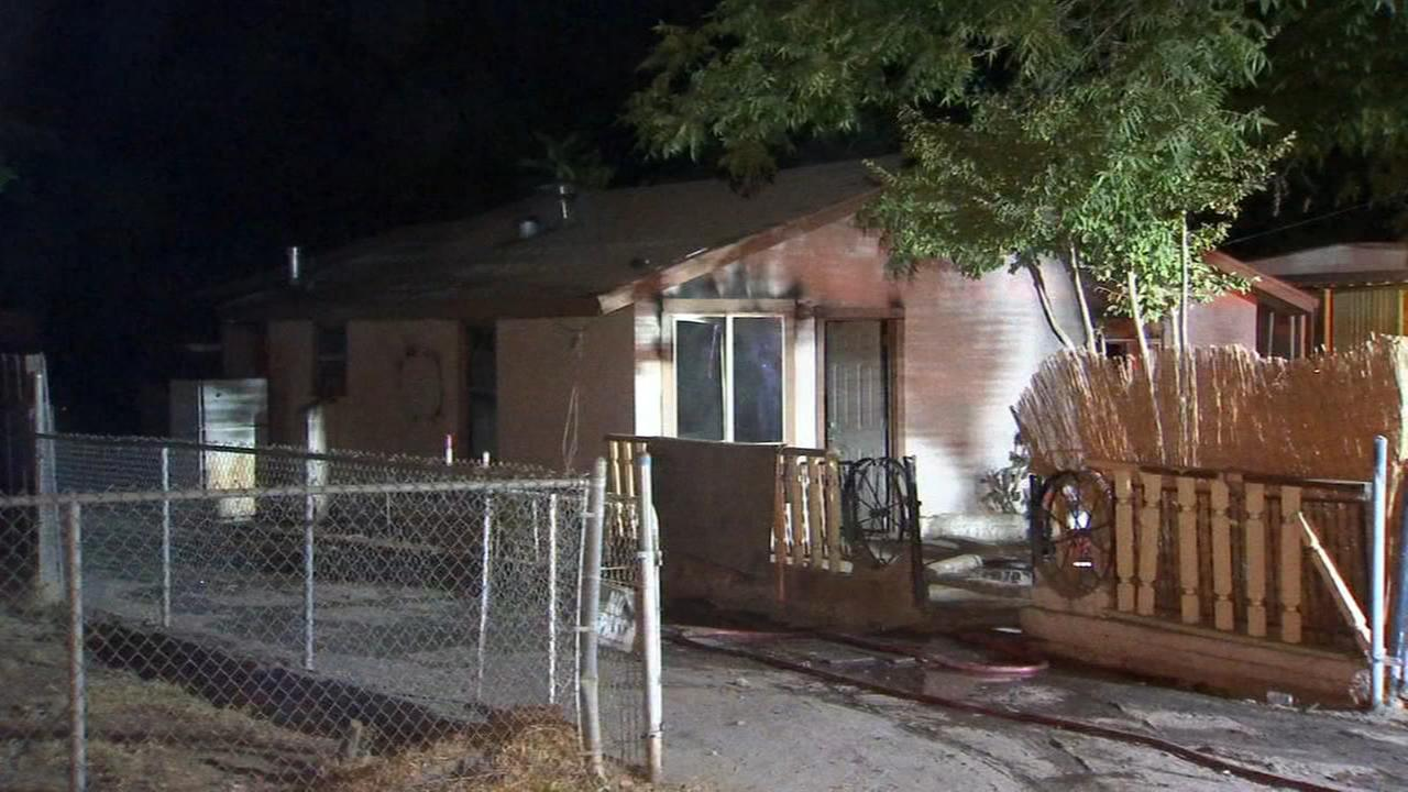 Firefighters make quick work of abandon house fire in Madera