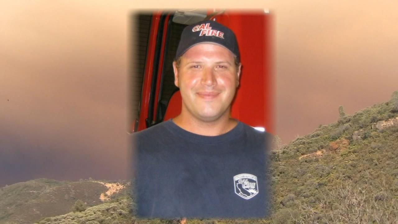 Hundreds line highways to honor Cal Fire employee killed fighting fire near Yosemite