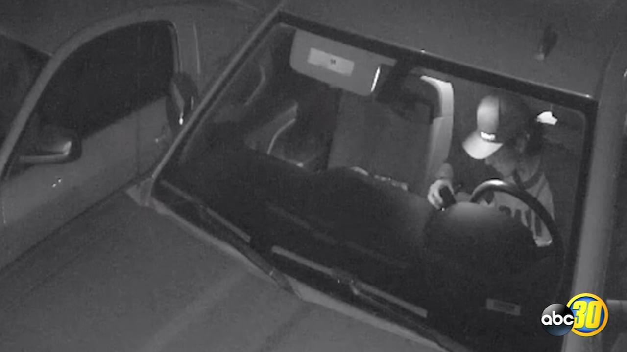 Burglar hits truck in Northwest Fresno