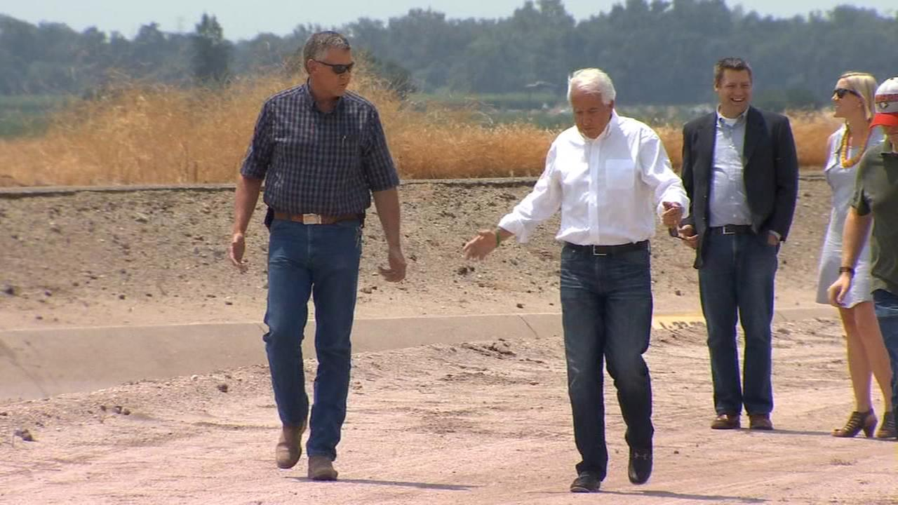 John Cox focused on water during Valley visit