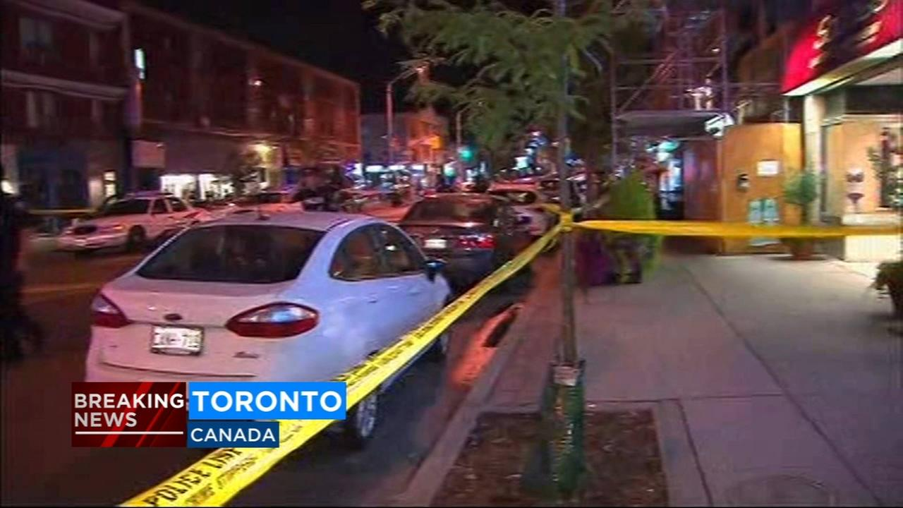 1 victim dead after man shoots 14 people in Toronto
