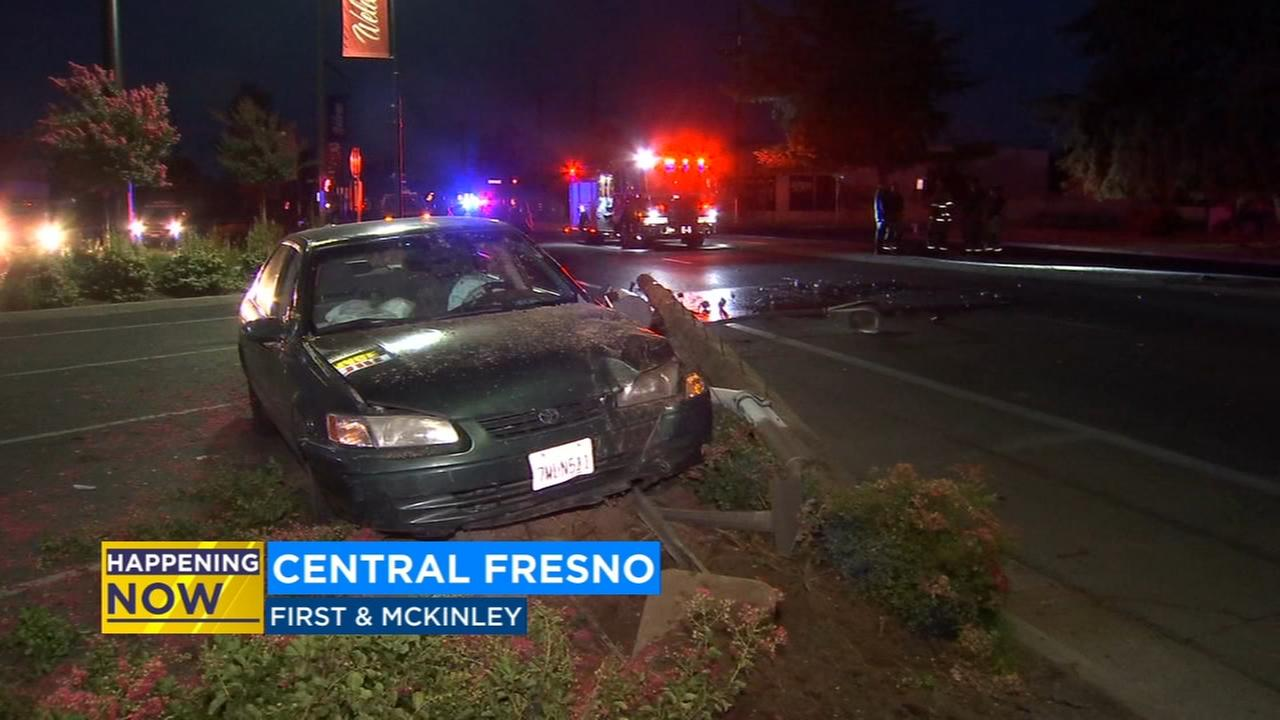 Car crash causes large power outage in Central Fresno