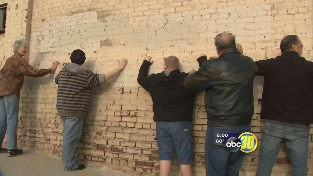Protesters rally to save historic building in Reedley