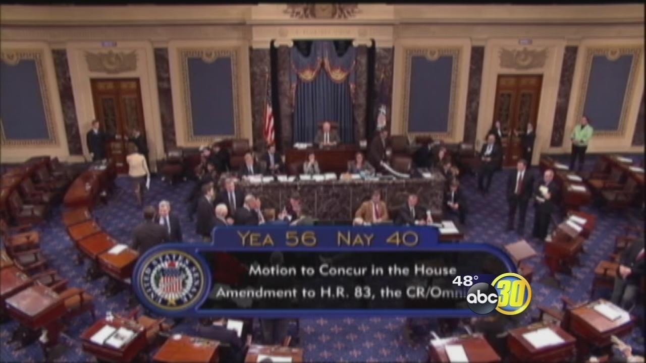 Congress sends Obama $1.1 trillion spending bill