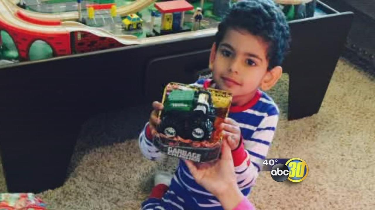 Clovis family searching for secret Santa who dropped off special toy