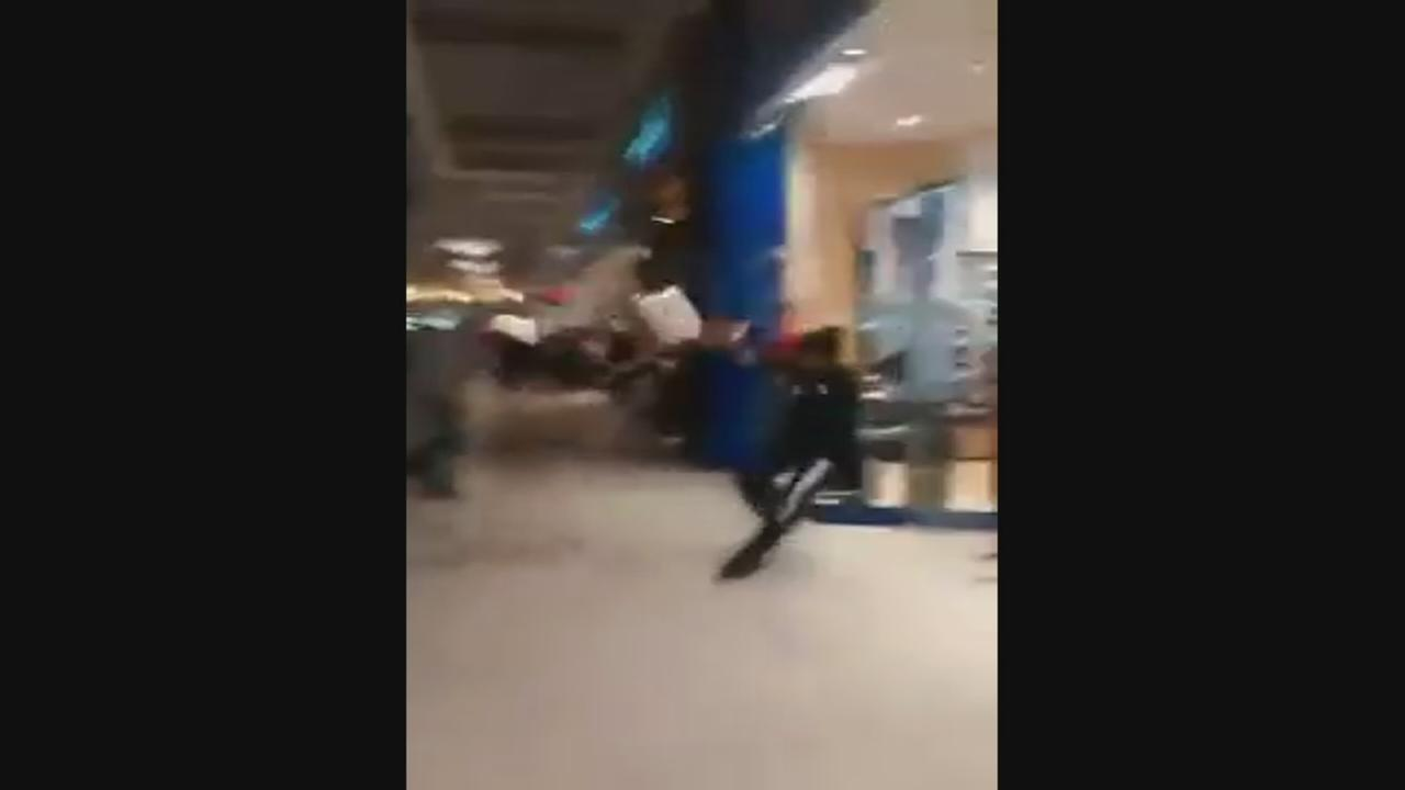 RAW VIDEO: Fight inside Fashion Fair Mall