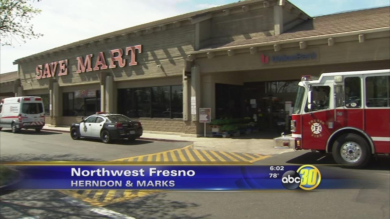 2 wanted in Northwest Fresno supermarket bank robbery