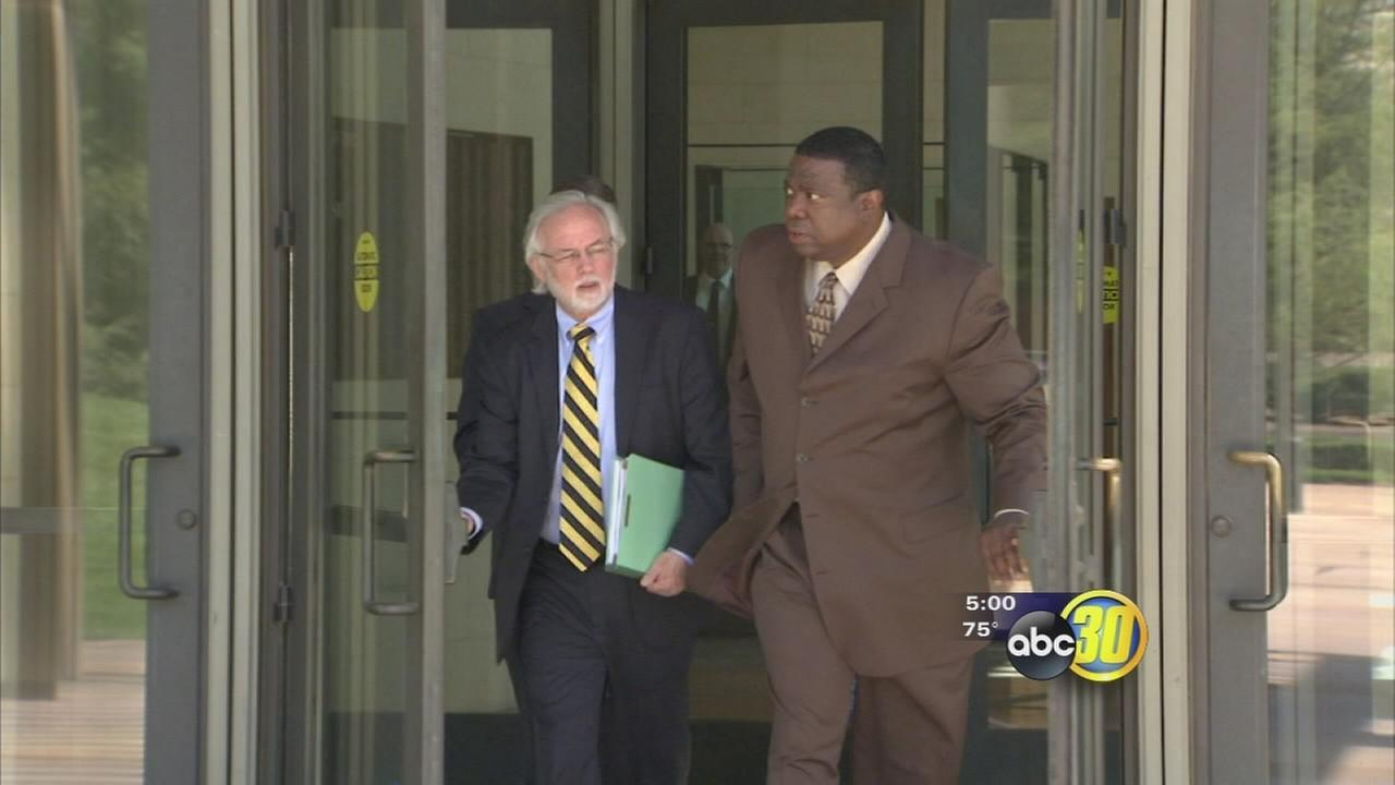 Ex-Fresno deputy police chief could create extra trouble for co-defendants