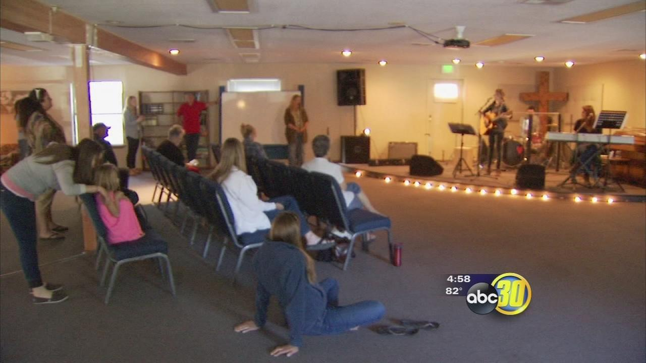 Oakhurst comes together to support those helping Nepal earthquake victims