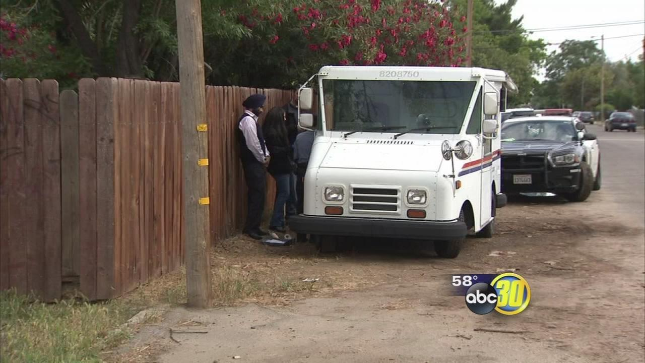 Fresno police searching for person who stole US Postal Service truck