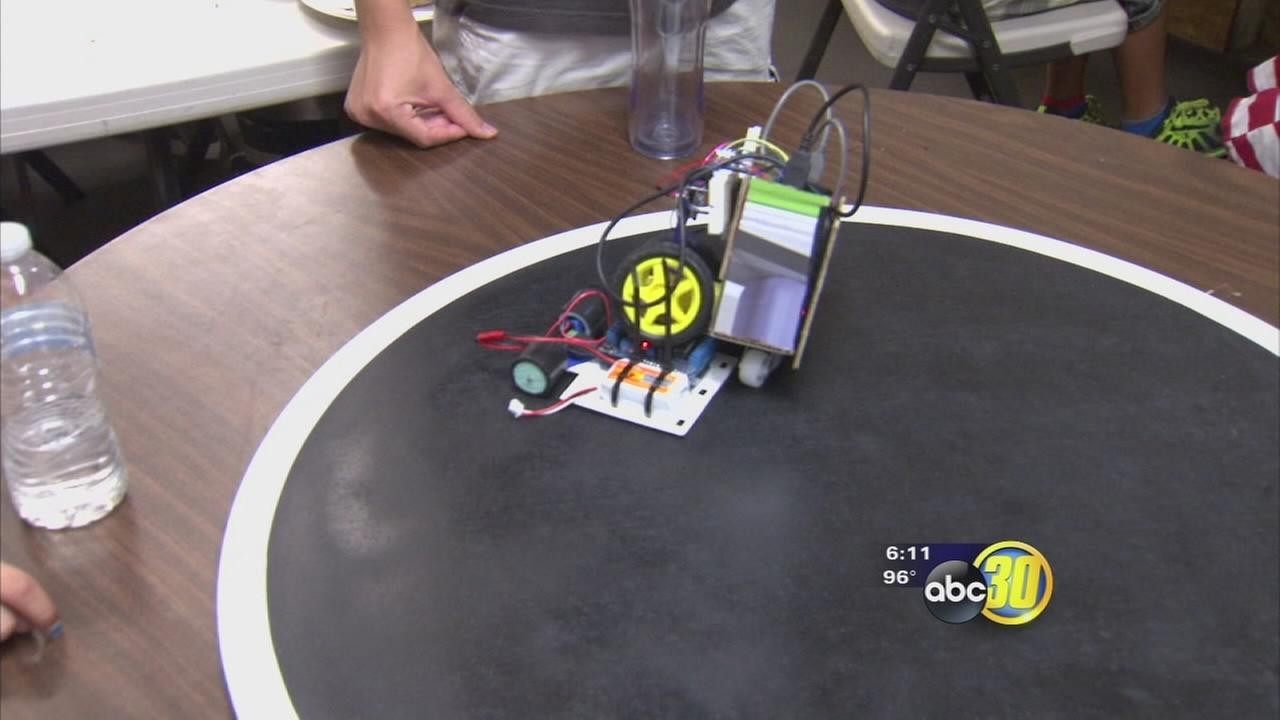 Robots go head-to-head in Fresno competition