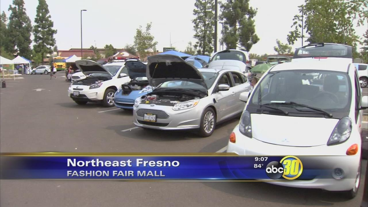 Newest plug-in electric vehicles displayed at Fresnos Fashion Fair Mall