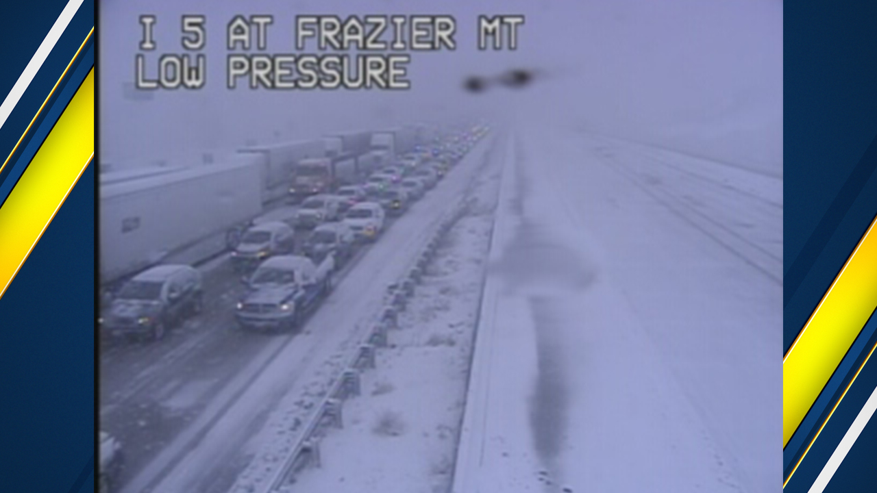 Both directions of I-5 over Grapevine reopen after snow halts