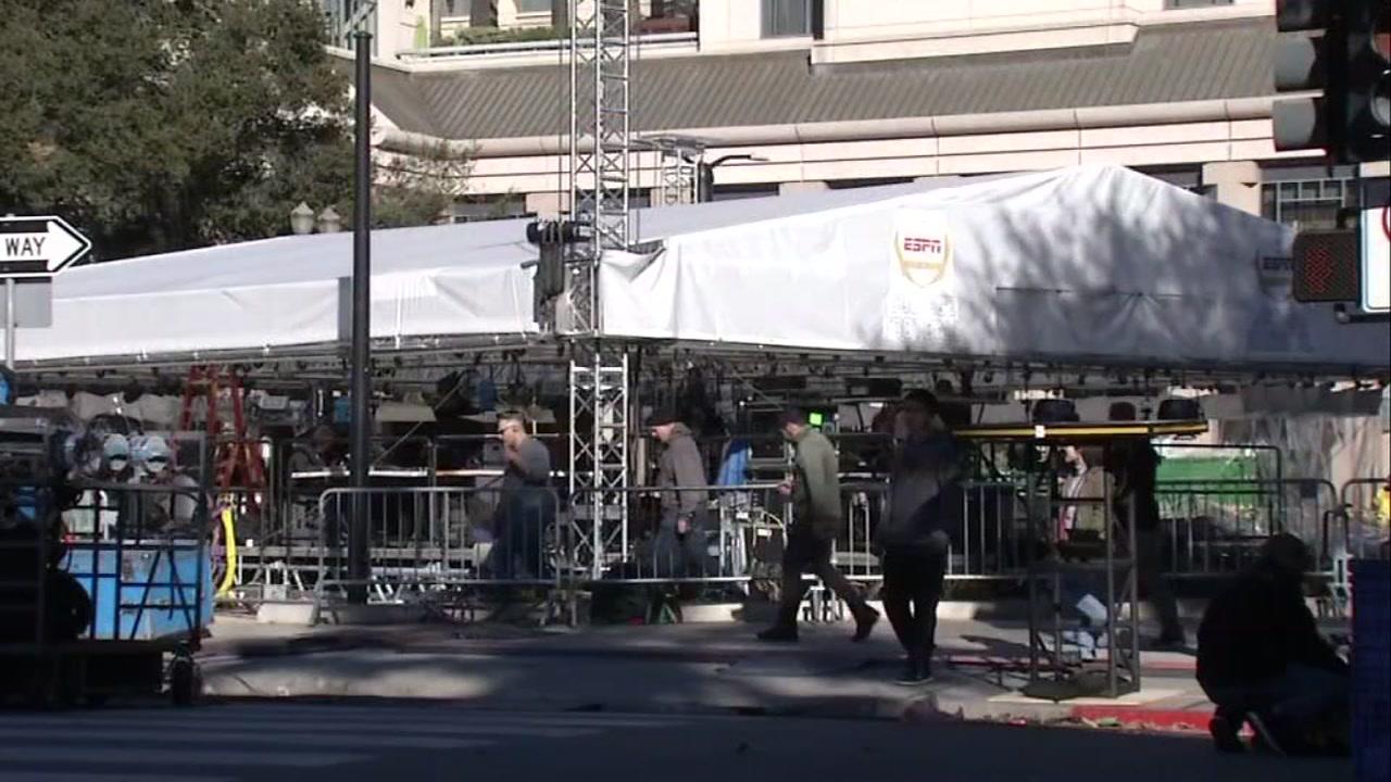 Crews set up in downtown San Jose, preparing for CFP National Championship. Jan. 2, 2019