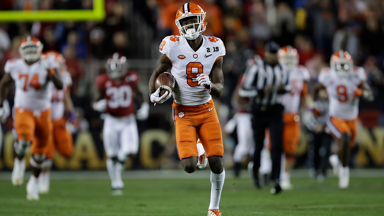 Clemsons Justyn Ross catches a touchdown pass during the second half of the NCAA college football playoff championship game Jan. 7, 2019, in Santa Clara, Calif.