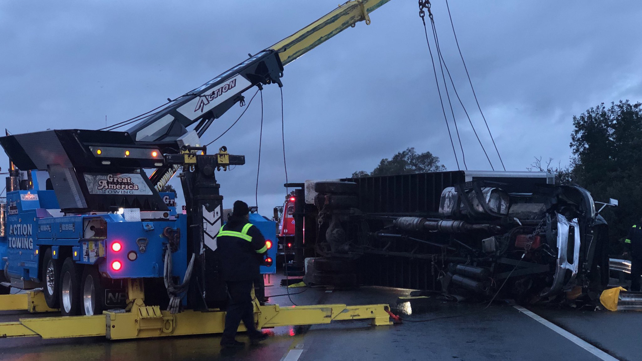 Delivery truck accident on Highway 101 in San Jose, California on Wednesday, January 9, 2019.