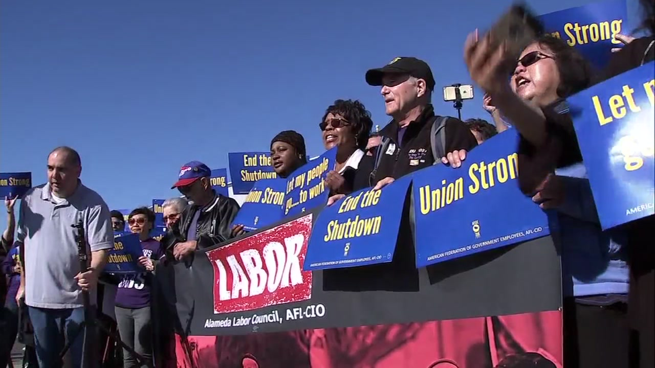 Federal workers protest at Oakland International Airport. Jan. 25, 2019