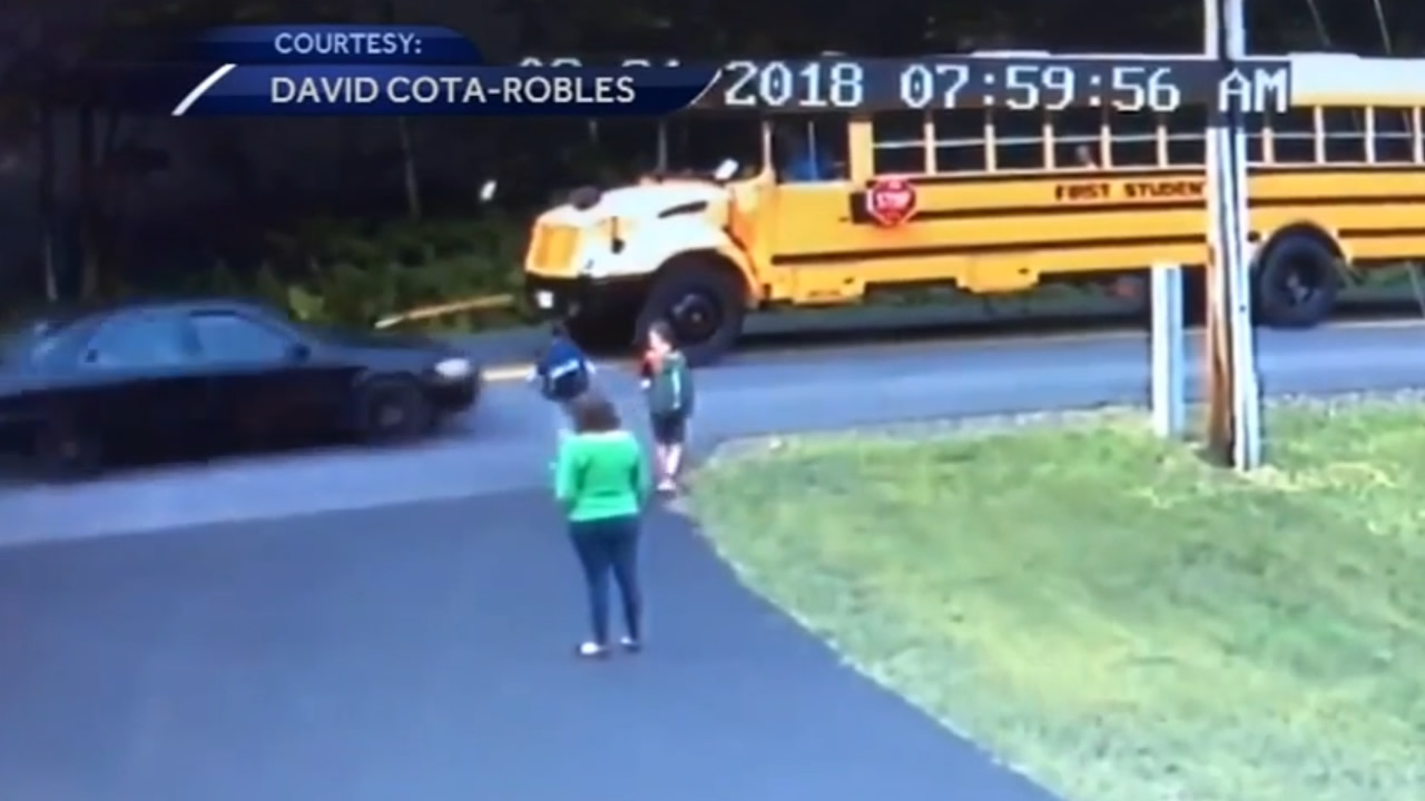 Young boy nearly hit by car while boarding school bus in New Hampshire. Tamala Edwards reports during Action News at 4 a.m. on September 10, 2018.