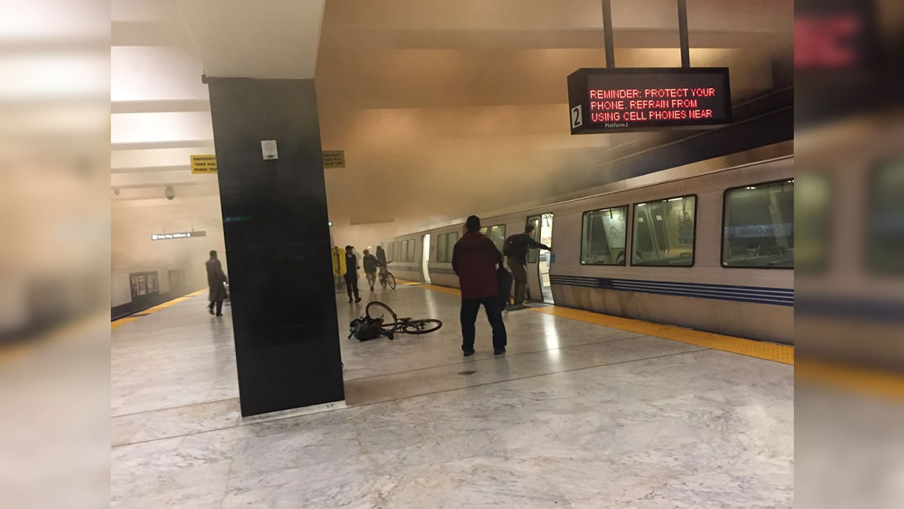 Twitter user @leapingotter took this photo of what appears to be smoke in San Franciscos Civic Center BART station on Sept. 22, 2018.