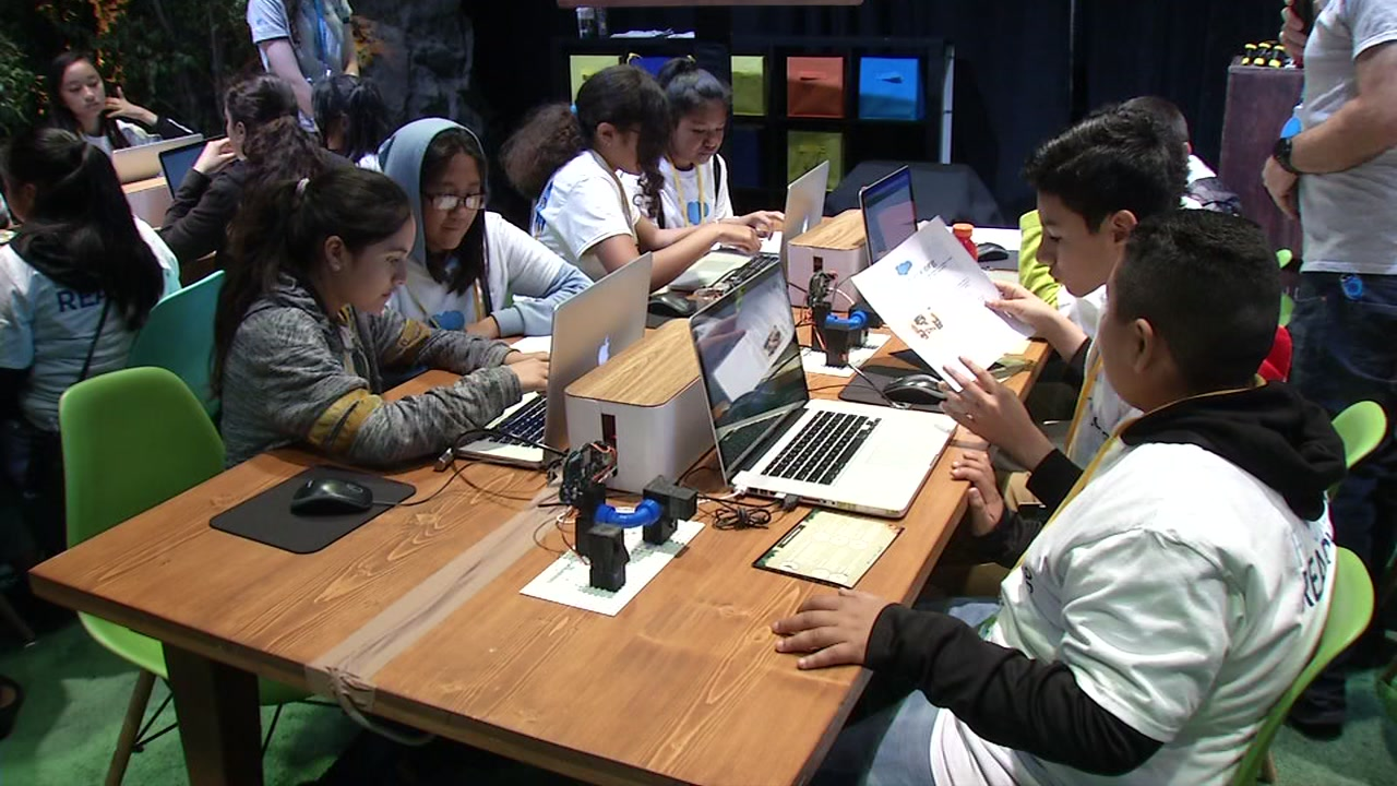 A group of college students are soaking up the experience as part of the Trailhead for Students Case Competition during Dreamforce in San Francisco Wednesday, Sept. 26, 2018.