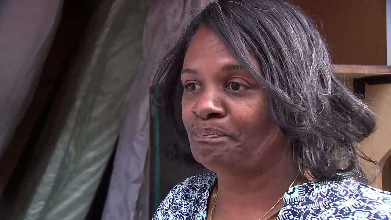 Joyce Robertson told ABC7 News her grandmothers and fathers ashes were stolen from her storage unit in San Leandro, Calif., on Sept. 29, 2018.