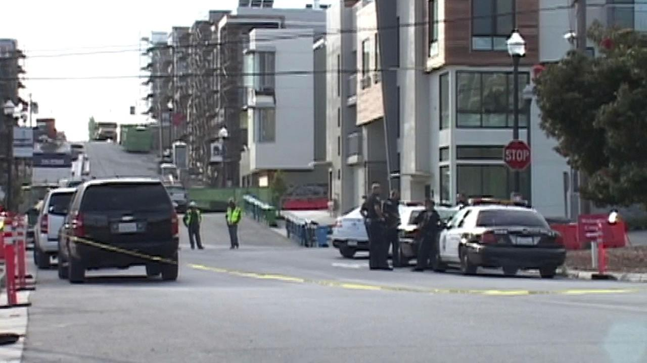 San Francisco police responded to a report of a bomb threat at a building located on Innes Avenue on Monday, September 28, 2015.